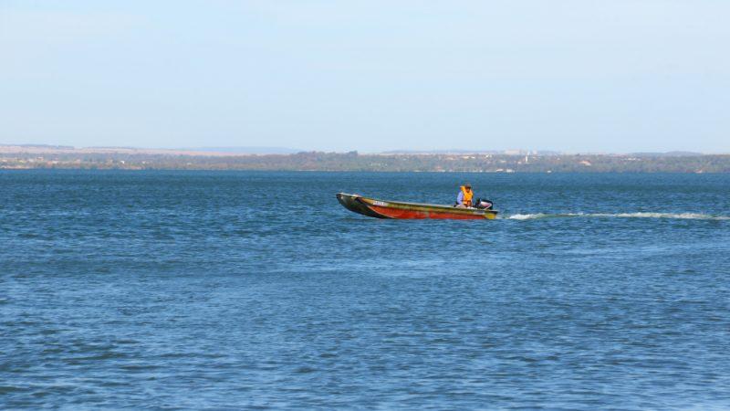População deve ficar atenta para fortes ventos e marolas no lago de Palmas