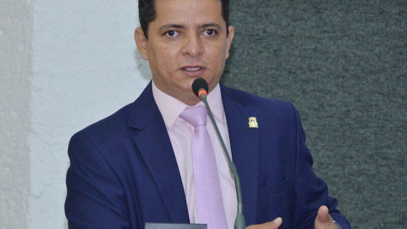 Covid-19: Jorge Frederico solicita tickets refeição para os profissionais da linha de frente e informações sobre andamento da vacinação