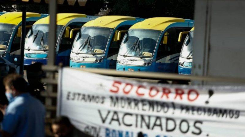 Após paralisação, vacina para motoristas do transporte público será discutida na quarta no Goiás