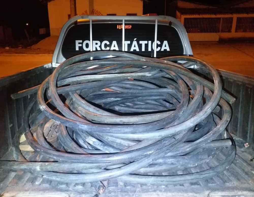 Dois homens são presos por furtar 150 quilos de fios de cobre em Arraias
