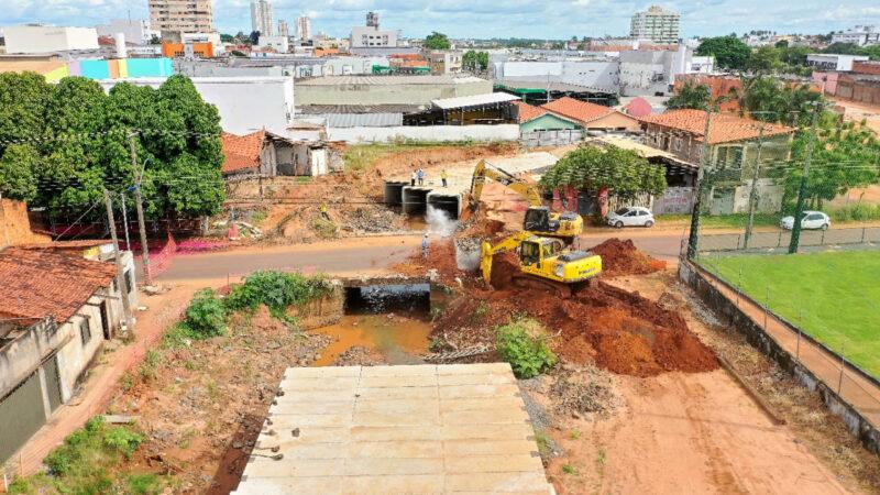 Em Araguaína, ponte de importante acesso é demolida para implantação de nova avenida