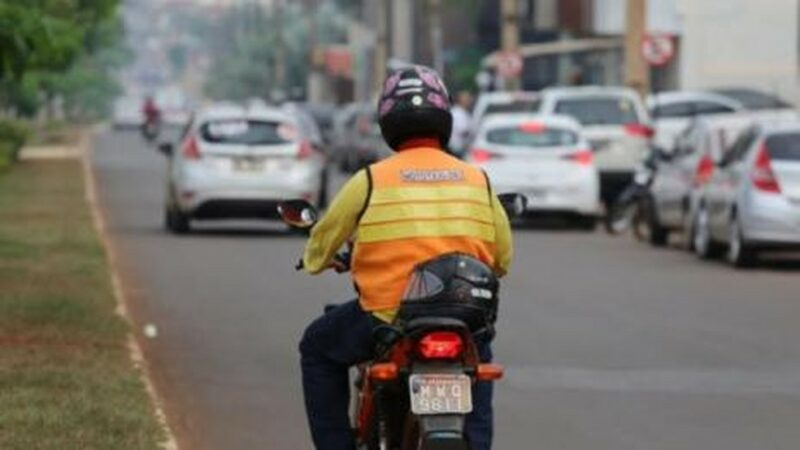 Taxistas, mototaxistas e motoristas de transporte público são incluídos no grupo prioritário para vacina da Covid em Araguaína